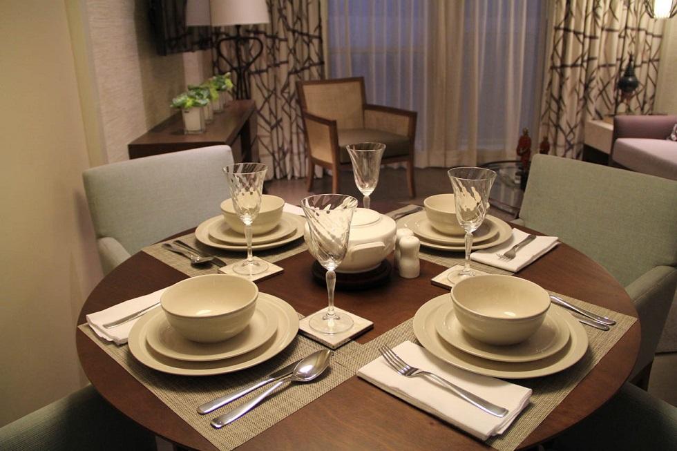 Dusit Thani Residence - Dining Room