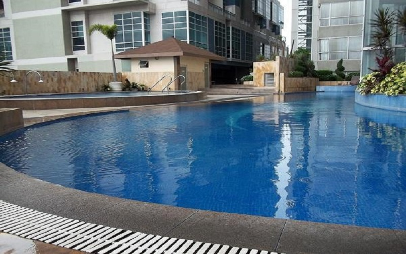 Ultima Residences - Swimming Pool