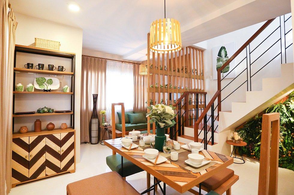 Idesia - Talia Dining and Living Area