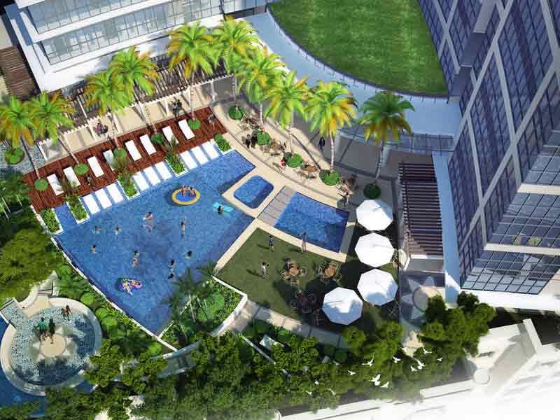 Uptown Parksuites - Pool Deck