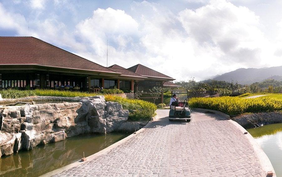 Ayala Greenfield Estates - Golf Pavilion